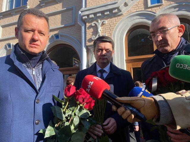 В Чернигове прощаются с умершим народным депутатом Антоном Поляковым