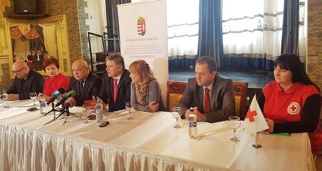 На Закарпатье из Венгрии прибыло медоборудование