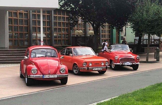 Участники прошлогоднего автопробега и выставки «Земплинское ралли автоветеранов»