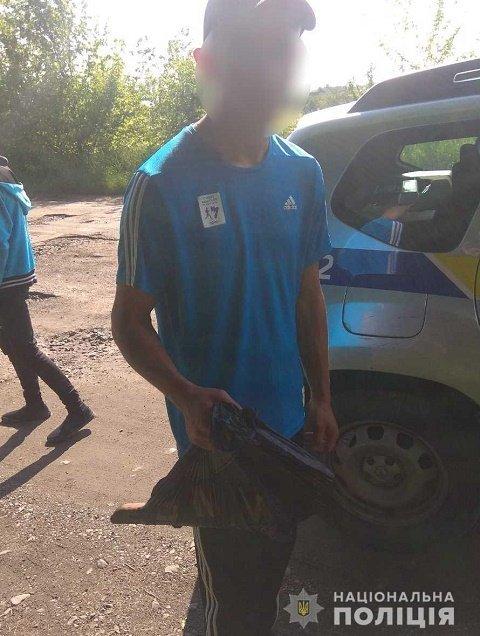"""""""Испытатель"""" из Берегово решил протестировать обрез ружья покойного деда"""