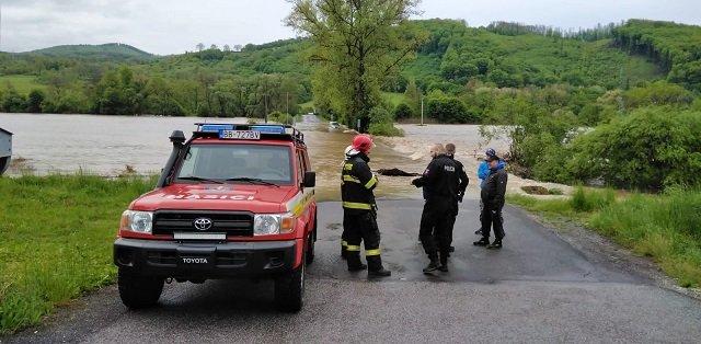 В Словакии сильные дожди стали причиной наводнения, погиб человек