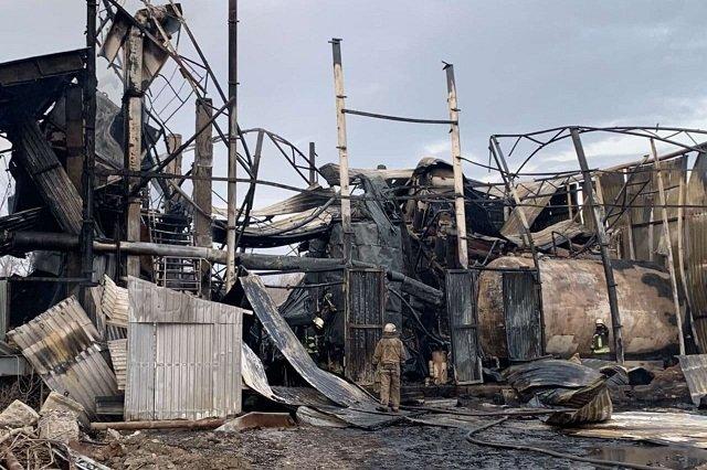 В Харькове на заводе мощный взрыв разнес здание, есть жертвы - жуткие кадры с места