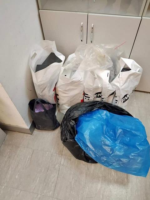 В Киеве обнаружили дерзкую попытку ввезти дорогие мобильники под видом мусора