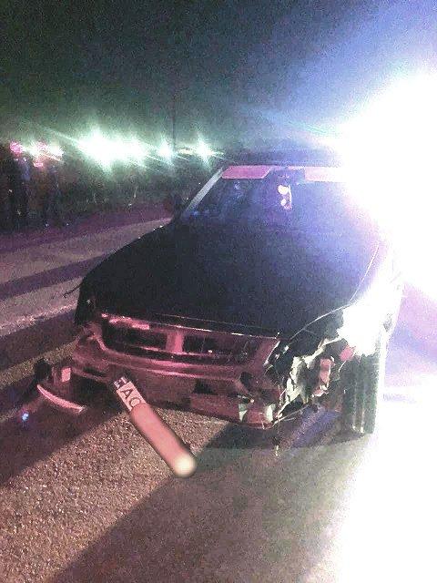 Ночная погоня и ДТП в Закарпатье: Пьяный на ВАЗе столкнулся с полицейским авто