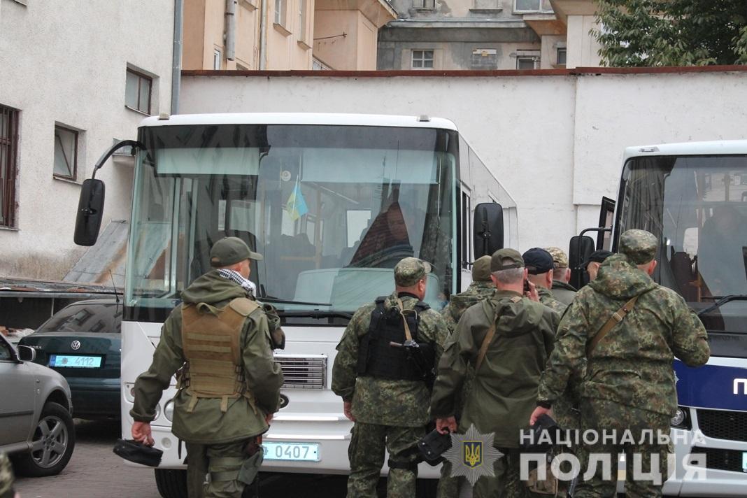 У зону проведення операції об'єднаних сил на Донбасі вирушив зведений загін поліції Закарпаття