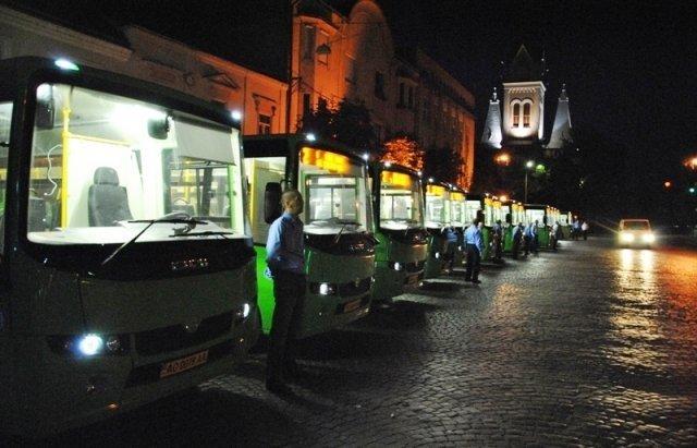 В Мукачево запустили 18 новых современных маршруток