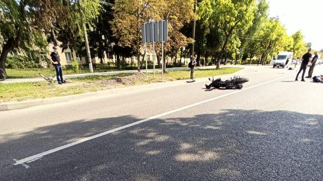 Страшная авария в Закарпатье: Не разминулись мотоциклист и авто, есть пострадавшие