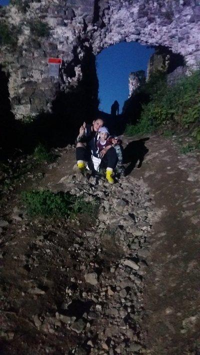 Туристы сфотографировали привидения в Хустском замке