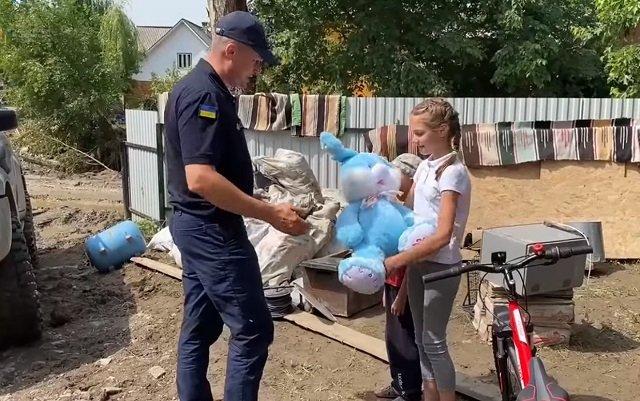 В Закарпатті 12-річна дівчинка зуміла врятувати 4-х дітей