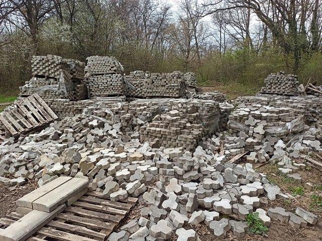 Ганьба Боздоського парку, або прокляте місце - в Ужгороді на місці автодрому панує суцільна руїна…