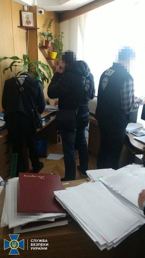 Топ-менеджмент Дунайского пароходства пытался за бесценок продать флот венгерской компании