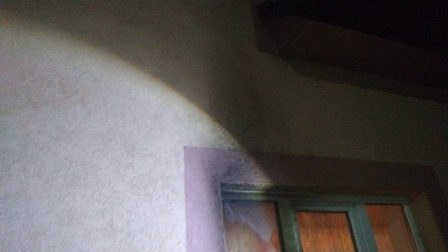 В Закарпатье полицейские открыли уголовное производство по факту повреждения дома служителя церкви