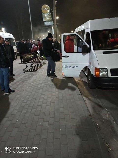 """Украина продолжает эвакуацию наших граждан из ПП """"Ягодын"""" на границе с Польшей"""