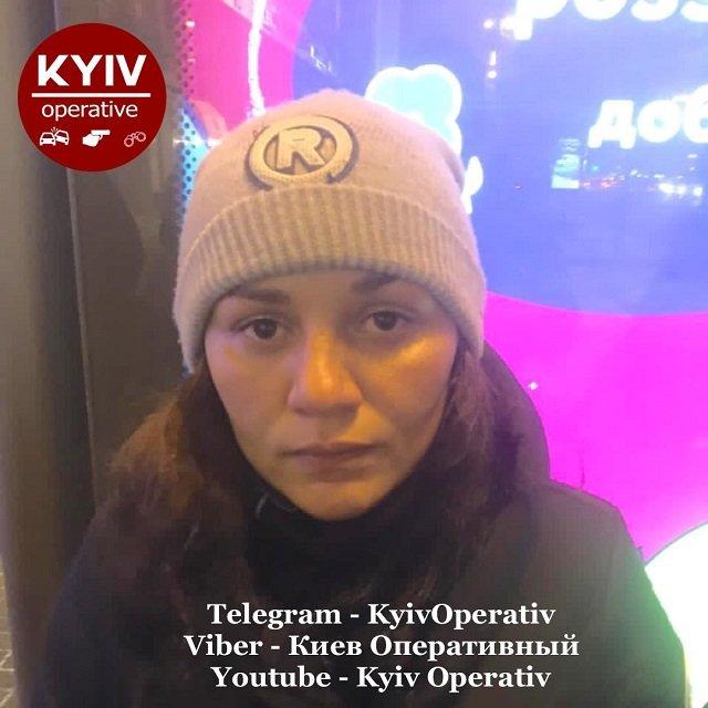 """На """"заработки"""" в столицу: В Киеве на грабеже попалась банда ромок из Закарпатья"""