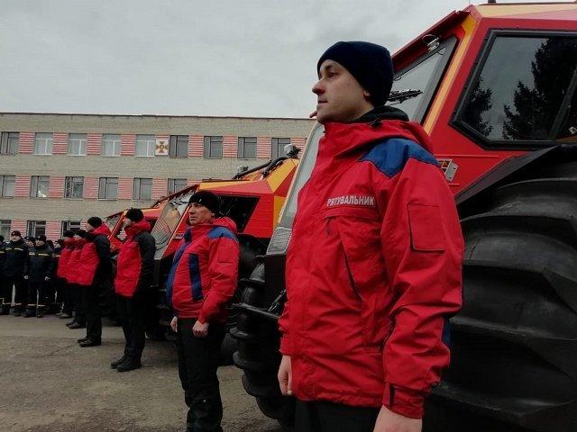 Спасать туристов в Карпатах спасатели Закарпатья будут на снегоболотоходах БОГУН