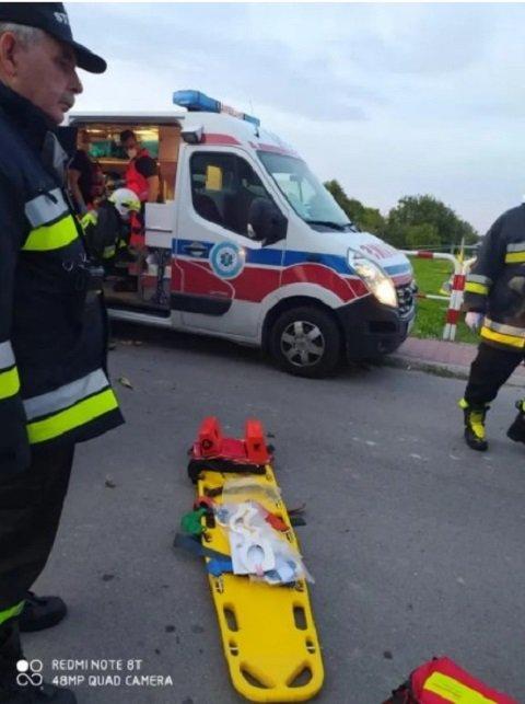 Знай наших: В Польше пьяный украинец во время тест-драйва разбил Крайслер