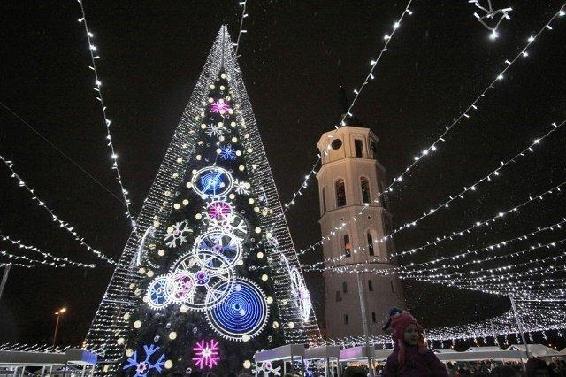 Рождественская ель в Вильнюсе, Литва.