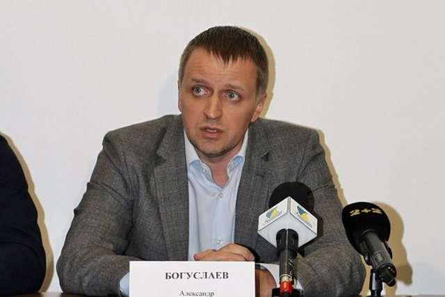 Сын успешно продавшего Китаю стратегическое предприятие «Мотор Сич» Богуслаева, купил в Италии за €10 млн остров