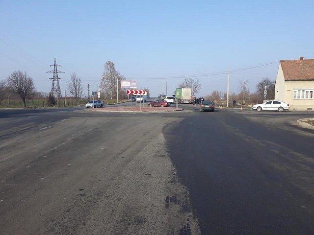 Трагическое ДТП в Закарпатье: Грузовик Мерседес сбил насмерть пешехода
