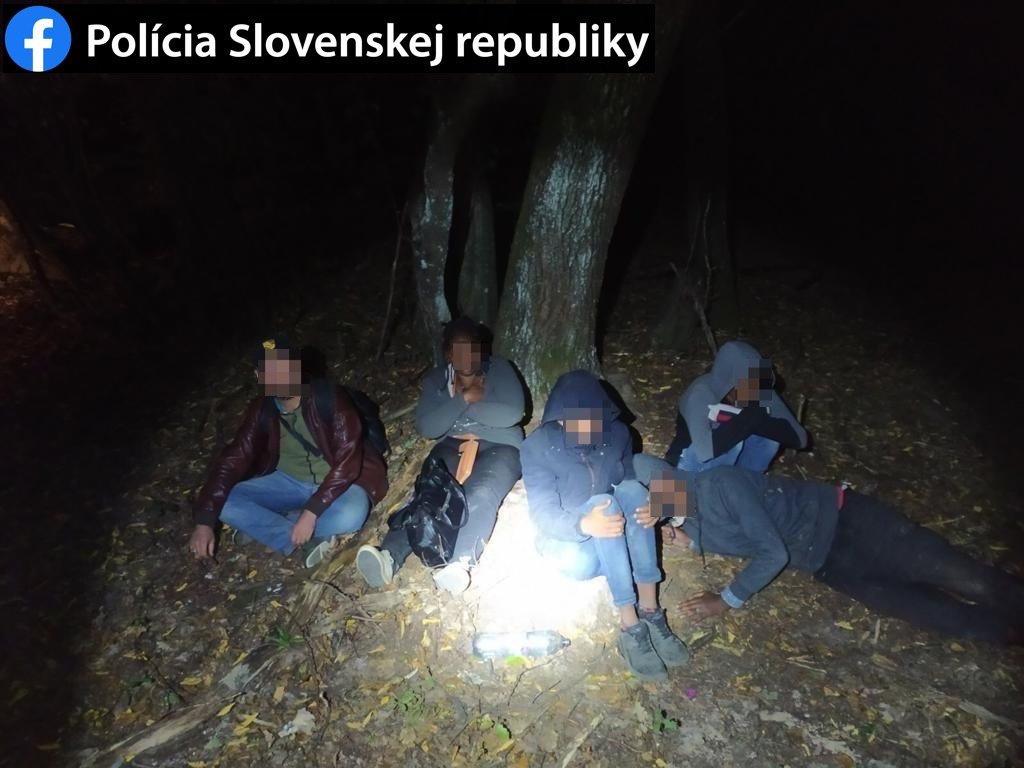 В Словакии арестовали нелегалов с трагической судьбой и проводника, которые смогли пройти Закарпатье незамеченными