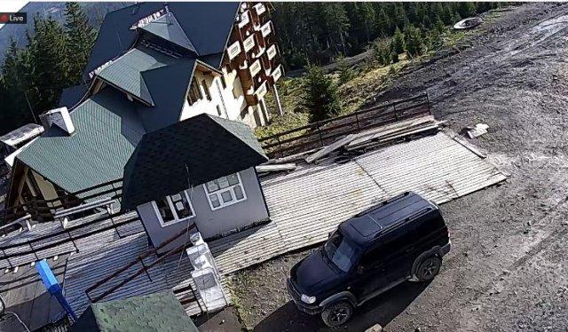 Закарпаття. Відомий гірськолижний курорт Драгобрат знову без снігу