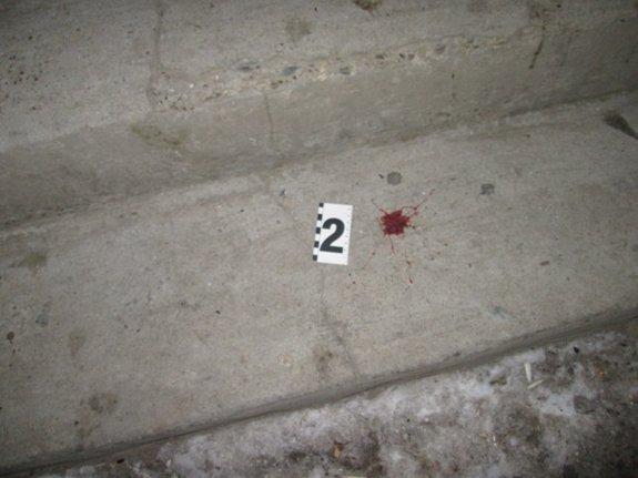 На Закарпатье полиция задержала мужчину, который ударил ножом знакомого