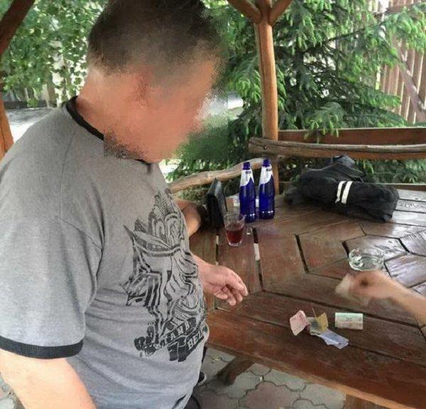 В сауне возле Ужгорода зафиксирован факт сводничества