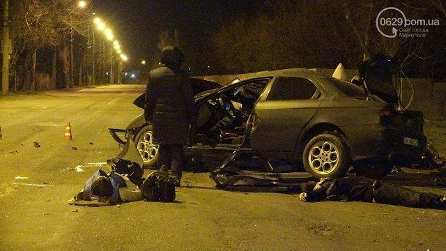 Ужасное ДТП в Мариуполе: 3 трупа и 2 пострадавших