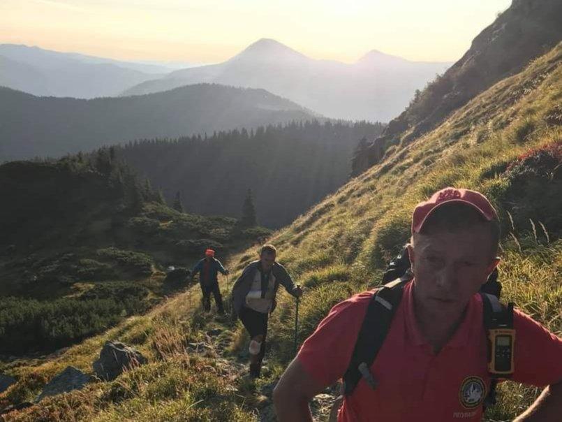 Турист зі Сходу України впав у прірву в горах Закарпаття, проте зилишився живий!