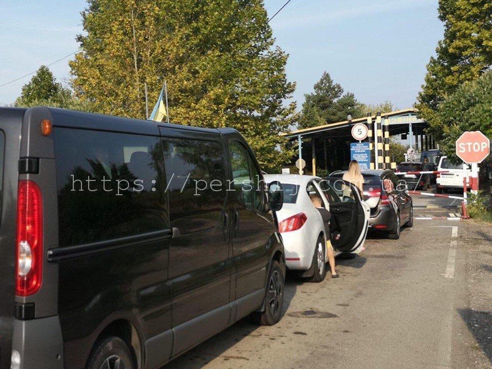 В Закарпатье на венгерской границе ситуация только ухудшается