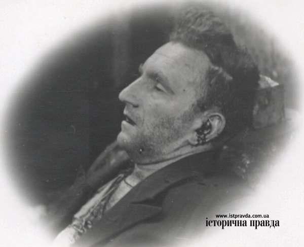 Тело Романа Шухевича в первые часы после смерти