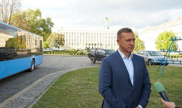 """В Ужгород приехали """"Электроны"""", за которые переплатили из бюджета"""