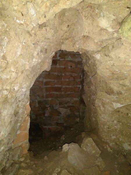 Среди руин Хустского замка обнаружено сенсационную находку