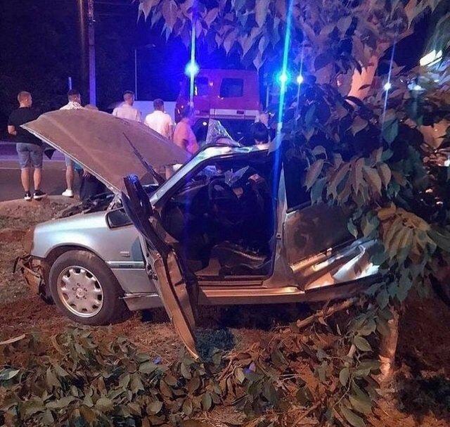 В Закарпатье в ужасной аварии разбился насмерть 19-летний - авто вдребезги, пассажиры в больнице