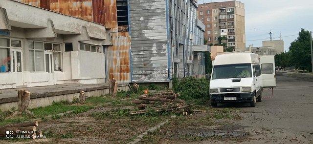 В Ужгороді мешканці однієї вулиці прокинутися від огидних звуків