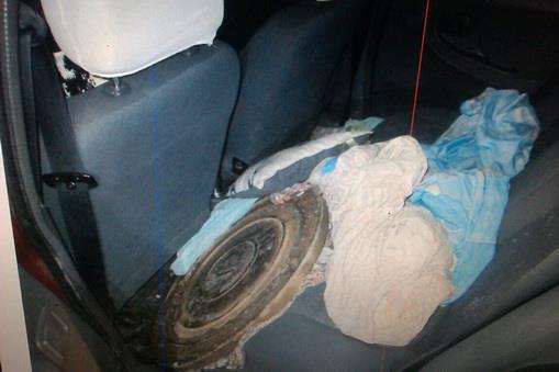 В Ужгороді затримали чоловіка та жінку, які займалися крадіжками люків