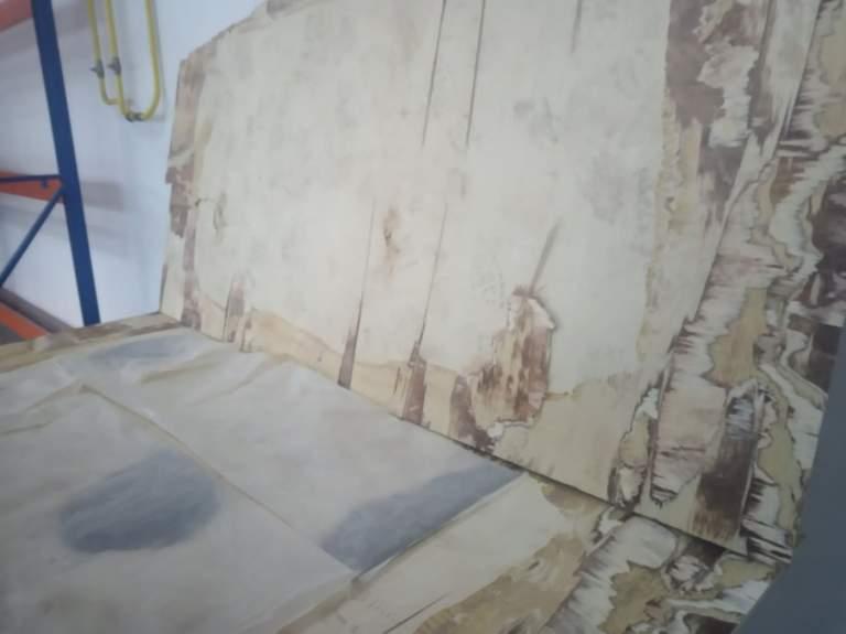 """В Закарпатье на границе остановили фуру """"нафаршированную"""" героином"""