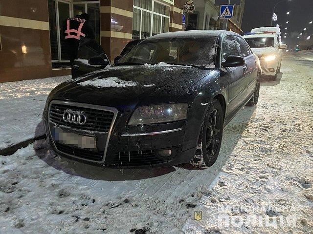 В Закарпатье автовладельцы не хило влетели, лишились Range Rover и Audi
