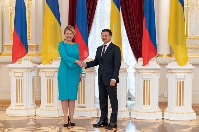Президент Зеленский провел встречу с Президентом Словакии Чапутовой