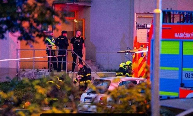11 человек погибли и 13 получили ранения в результате страшного пожара в Чехии
