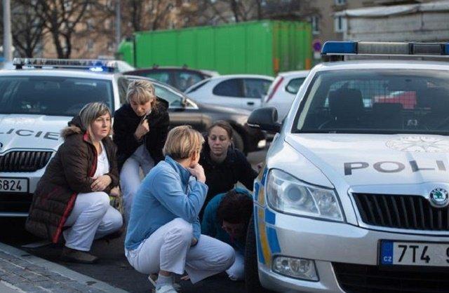 Чех убивший 6 человек в Остраве выстрелил себе в голову перед штурмом полицейских