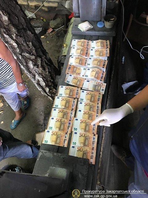 В Закарпатье СБУ поймала на горячем коррупционера из Чопского погранотряда