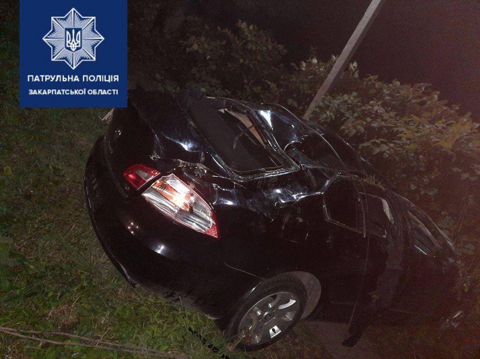 Дорожная авария в Закарпатье отправила одного человека в реанимацию
