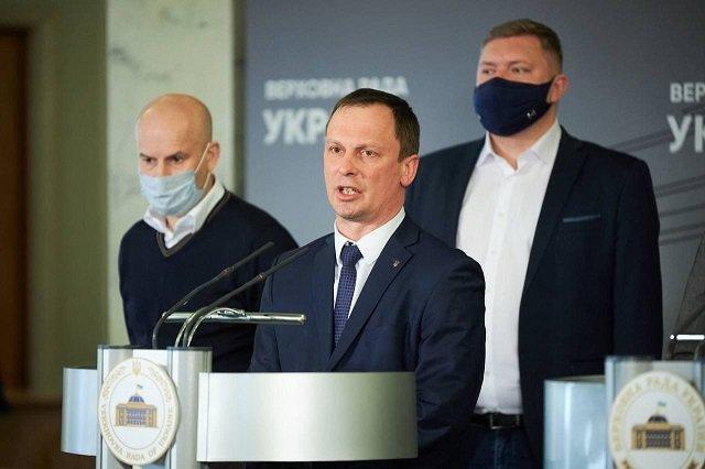 Слуга Николай Тищенко анонсировал авиарейс Киев - Ужгород