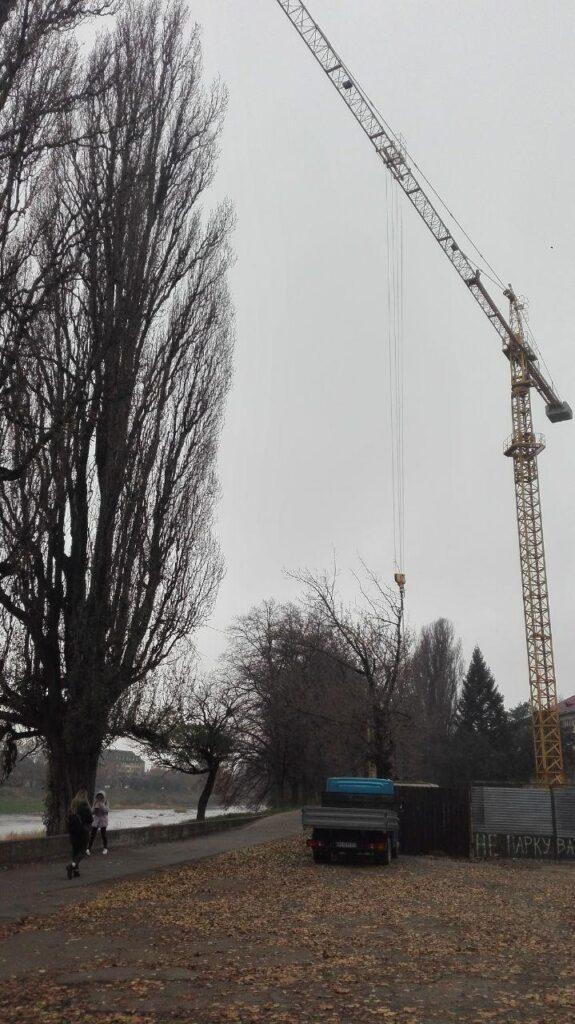 """Вибори в Ужгороді фінішували — своє """"велике будівництво"""" в місті поновилося"""