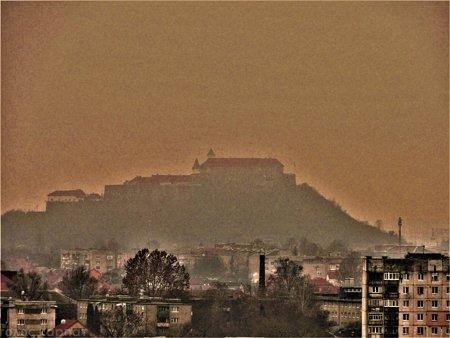 """Світлини з гірського схилу: Мукачево """"як на долоні"""""""