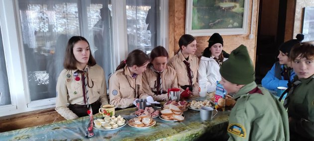 Полонина Красна в Закарпатті підкорилася скаутам із Луцька, Мукачево та Сум