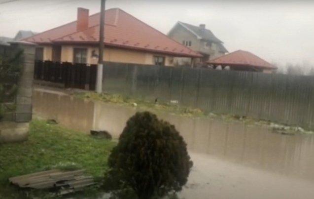 Дощі підтоплюють Закарпаття