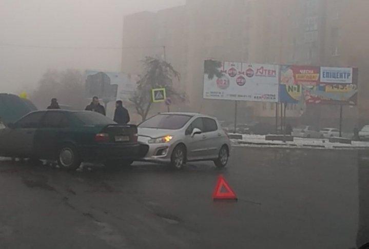 В Ужгороді зранку — резонансна ДТП, але без жертв