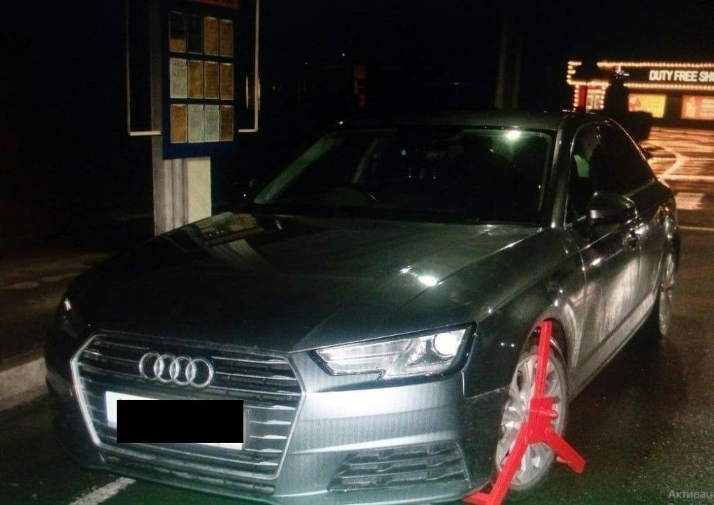 При перетині кордону Закарпаття з Румунією спрацювала база Інтерполу з розшуку викрадених авто